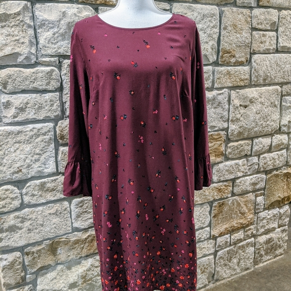 Old Navy Dresses & Skirts - Old Navy Burgundy Floral Dress Size Large